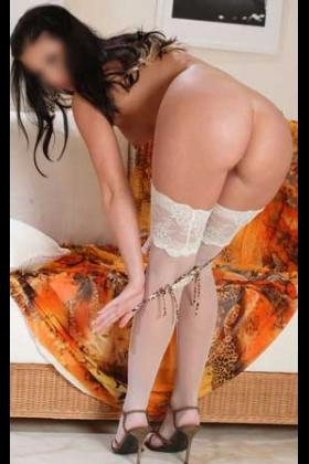Sexy slanke escort Malena